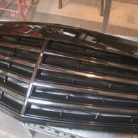 ベンツS550 フロントグリル塗装