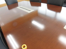 会議室テーブルリペア