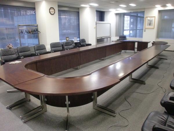会議室椅子・テーブルリペア・クリーニング