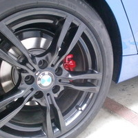 BMW320GT Mスポーツ ブレーキキャリパー塗装